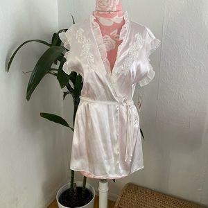 New Intimo Donatello Bridal White Satin Robe M